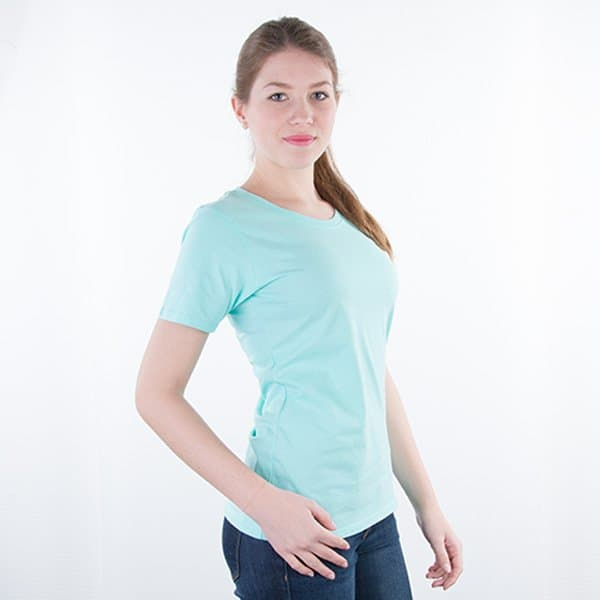JAMES & NICHOLSON Damen Round T-Shirt Model right