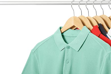 Polohemden Kleiderständer